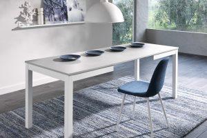 Come acquistare spazio in sala da pranzo e in cucina: il tavolo consolle allungabile