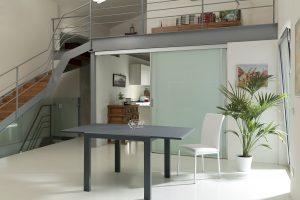 Come dividere il soggiorno e la cucina: 5 idee semplici e originali
