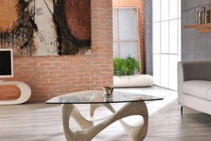 Tavoli e tavolini in pietra fossile: dove comprare questi complementi dall'eleganza senza tempo