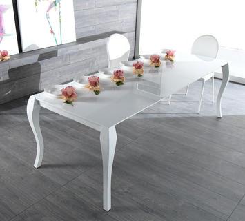 Tavoli da pranzo in legno moderni