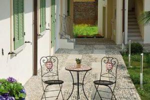 Sedie in metallo colorate: come regalare un tocco di allegria ad ambienti interni ed esterni
