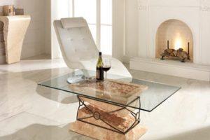 Luminosi, eleganti e senza tempo: ecco i tavolini da salotto in vetro